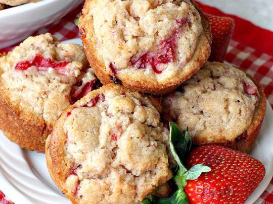 Fresh Strawberry Muffins | 25+ Strawberry Recipes