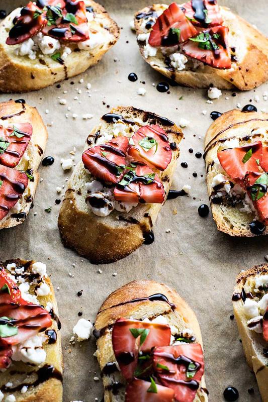 Strawberry and Goat Cheese Bruschetta | 25+ Strawberry Recipes