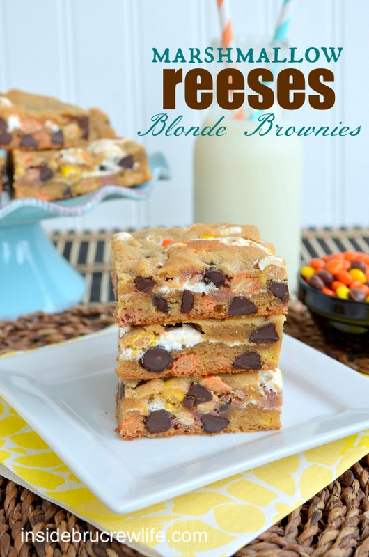 Marshmallow Reeses Blonde Brownies | 25+ Brownie recipes