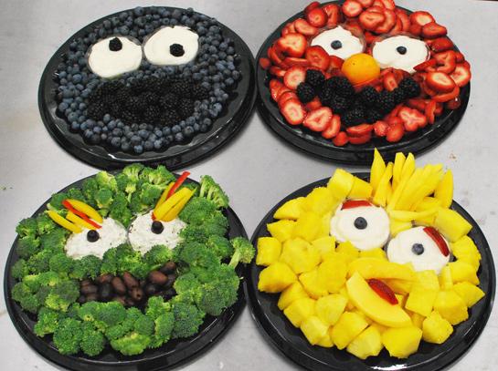 Sesame Street Trays | 20+ Cute Fruit & Veggie Trays