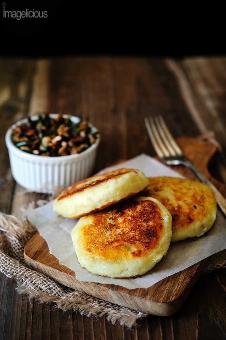 Vegan Potato Cakes stuffed with Mushrooms | 25+ mushroom recipes