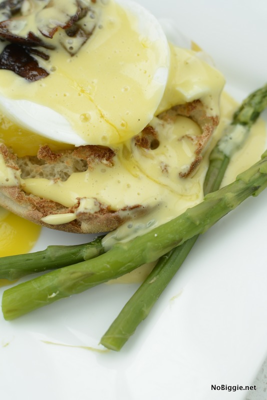 Veggie Eggs Benedict with a Ginger Lemon Hollandaise Sauce - NoBiggie