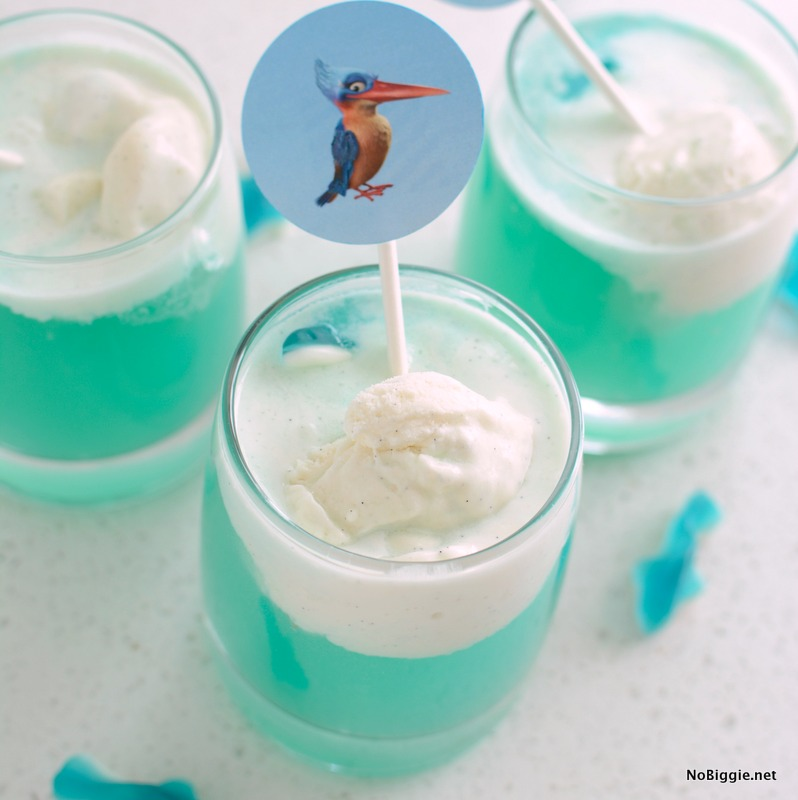http://www.nobiggie.net/wp-content/uploads/2016/08/Blue-Ocean-Party-Punch-Float.jpg