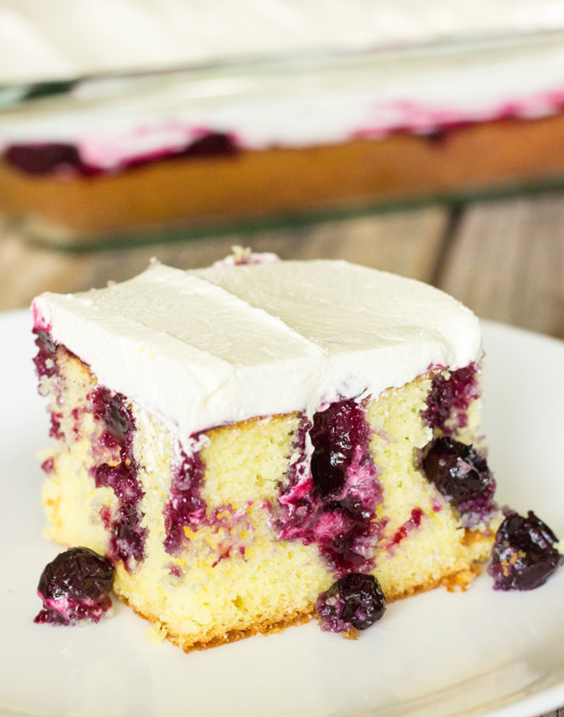 Best Blueberry Crumble Cake