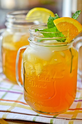 Lemonade Iced Tea Punch | 25+ Non-Alcoholic Punch Recipes
