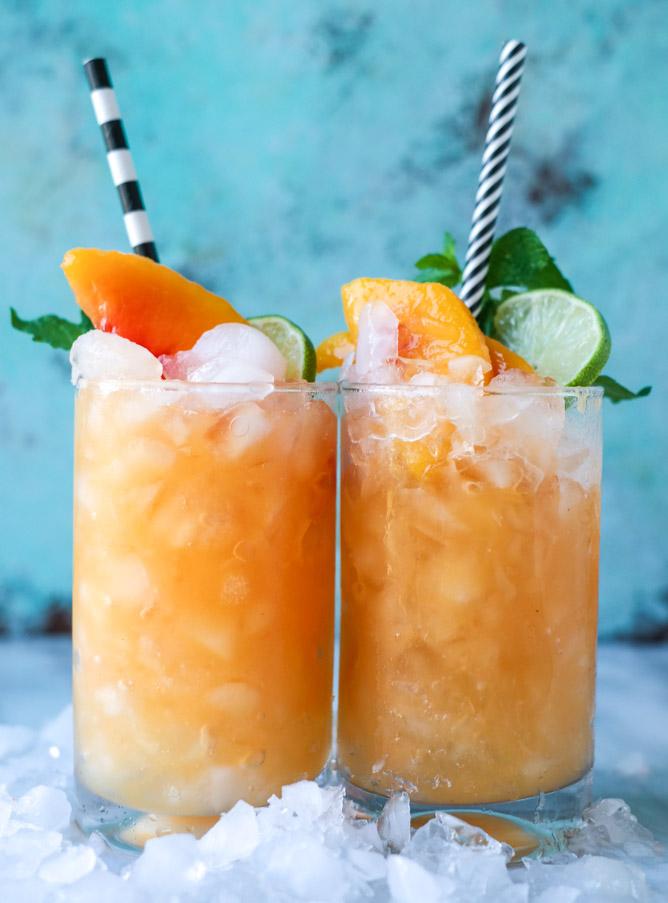 Pineapple Peach Agua Fresca | 25+ Non-Alcoholic Punch Recipes