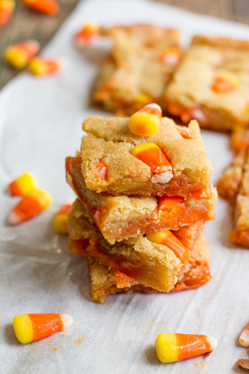 Candy Corn Blondies | 25+ Candy Corn recipes