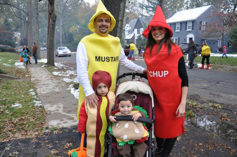 Fast Food | 25+ Creative Family Costumes