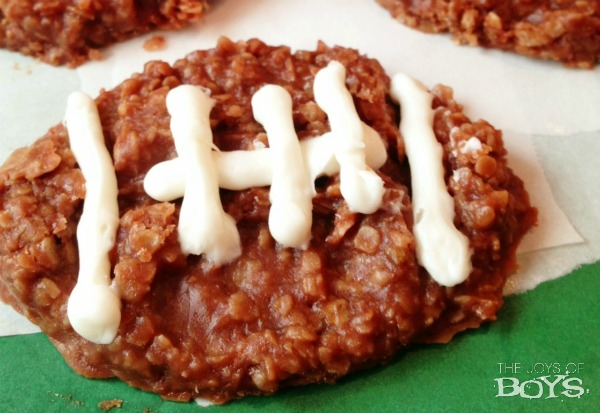 Football No-Bake Cookies | 25+ Game Day Desserts