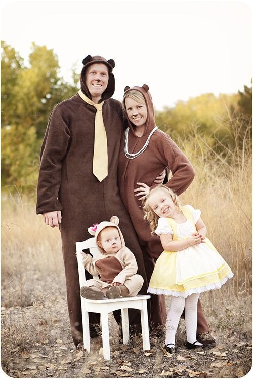 Goldilocks & the 3 Bears | 25+ Creative Family Costumes