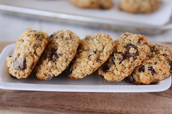 Quinoa Chocolate Chip Oatmeal Granola Cookies | 25+ Granola recipes