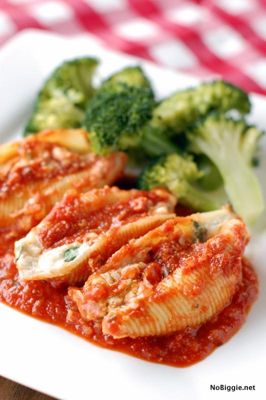 Spinach & Cheese Shells   25+ Mozzarella Recipes