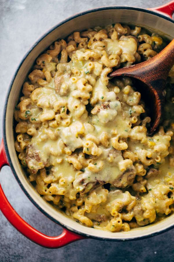 Steak and Cheddar Mac and Cheese | 25+ Mac and Cheese Recipes