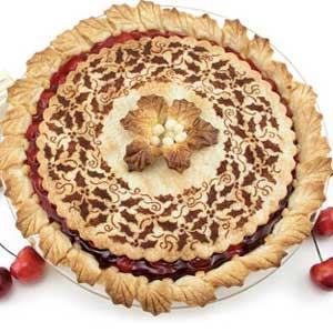 Stenciled Pie Crust | 25+ Decorative Pie Crust Ideas