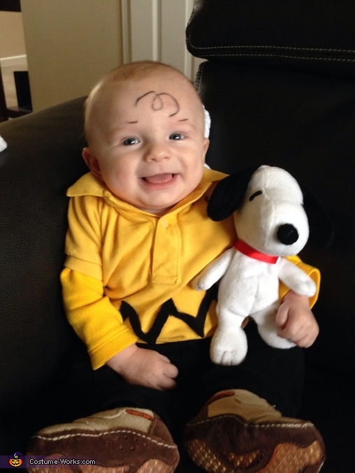 Charlie Brown |25+ Creative Costumes for Babies