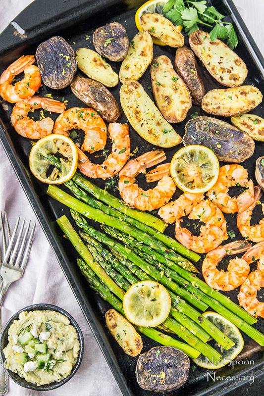 Garlic Lemon Shrimp & Asparagus | 25+ Sheet Pan Dinner Recipes