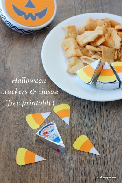 Halloween Crackers and Cheese Printable is a cute last minute Halloween snack for your kiddos. #halloween #cheeseandcrackers #halloweenprintable #printables #halloweensnacks