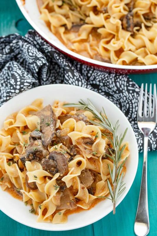 Mushroom Stroganoff | 25+ Meatless Meals