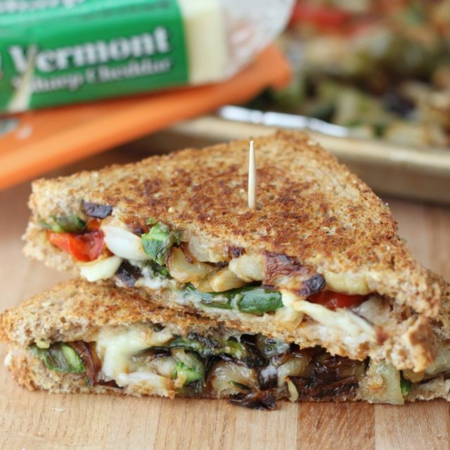 Roasted Veggie Grilled Cheese | 25+ Meatless Meals