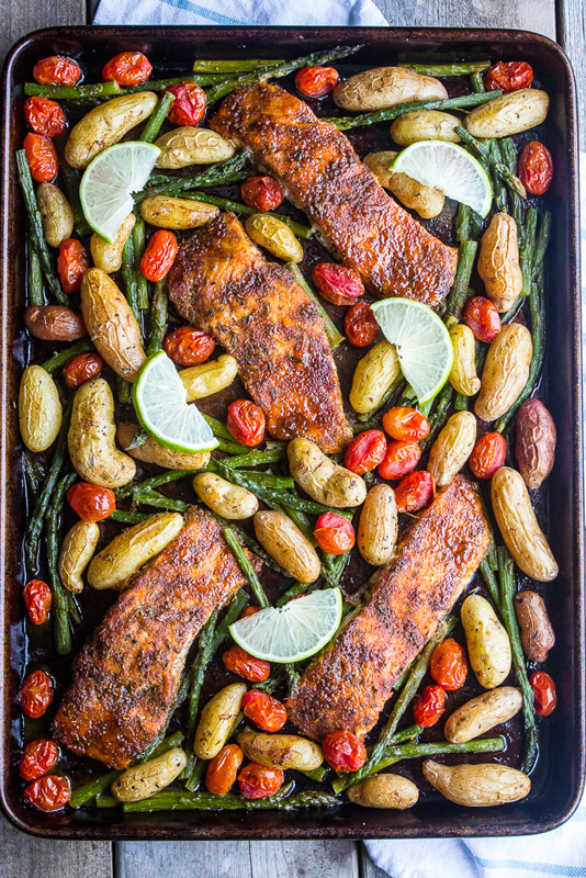 Sweet n Spicy Salmon | 25+ Sheet Pan Dinner Recipes