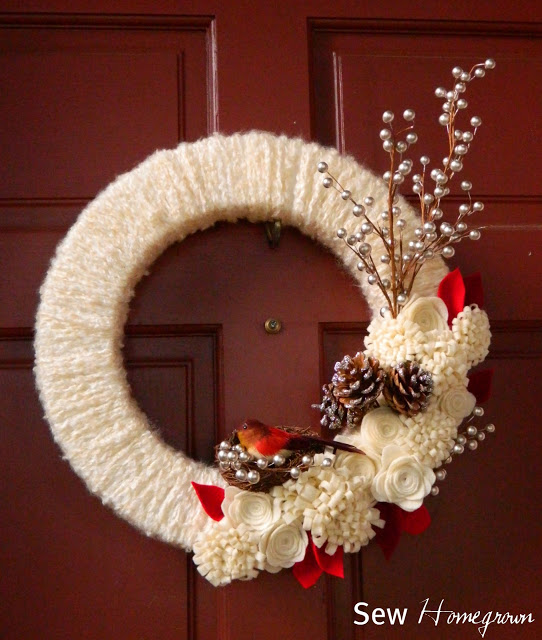 DIY Woodland Winter Wreath | 25+ Beautiful Christmas Wreaths