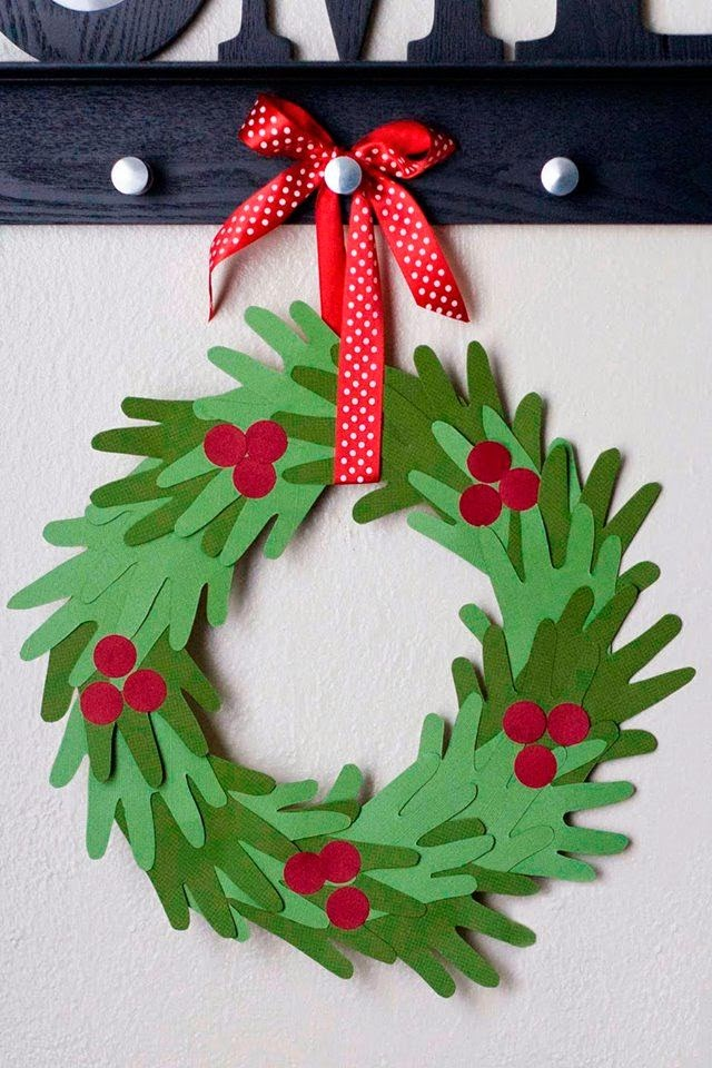 Kids Hand Print Christmas Wreath Tutorial | 25+ Beautiful Christmas Wreaths