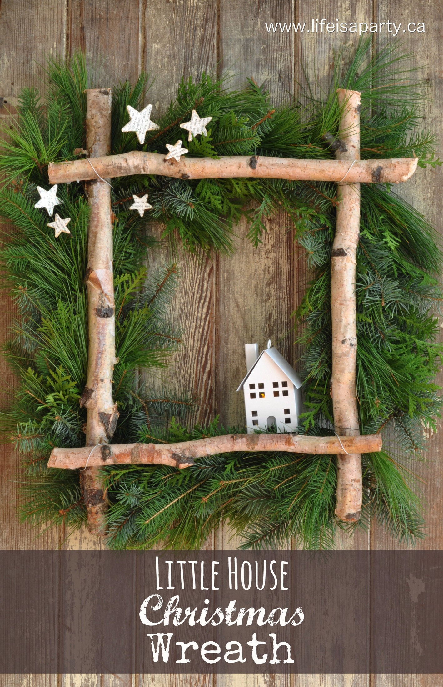 Little House Christmas Wreath | 25+ Beautiful Christmas Wreaths