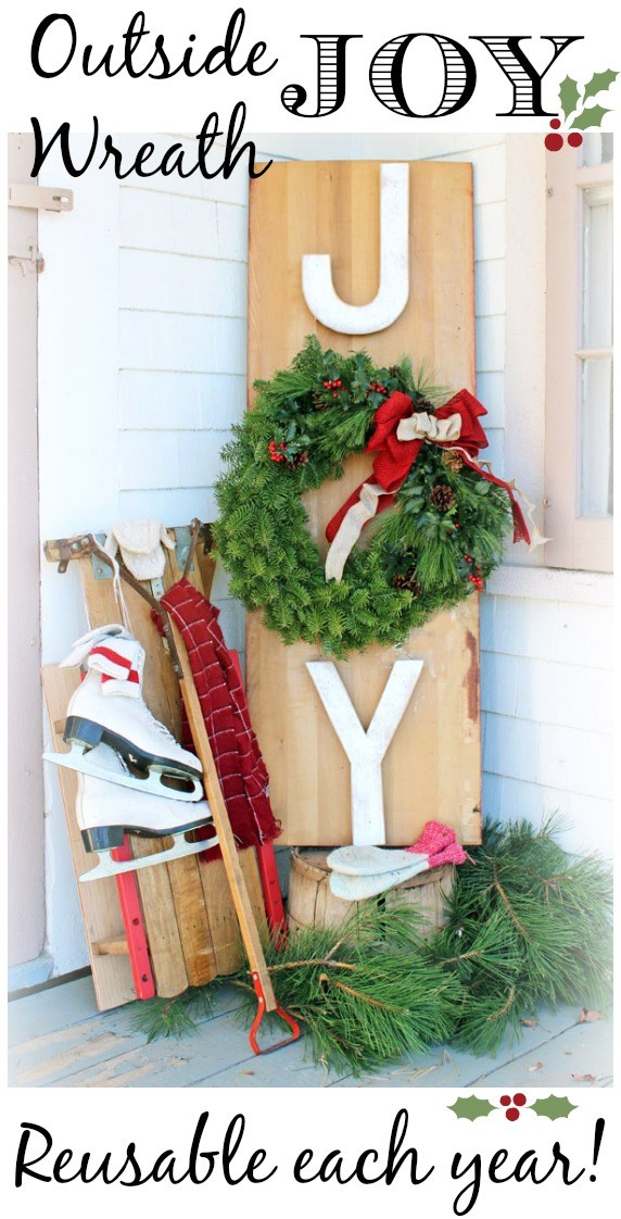 Outside Joy Wreath | 25+ Beautiful Christmas Wreaths