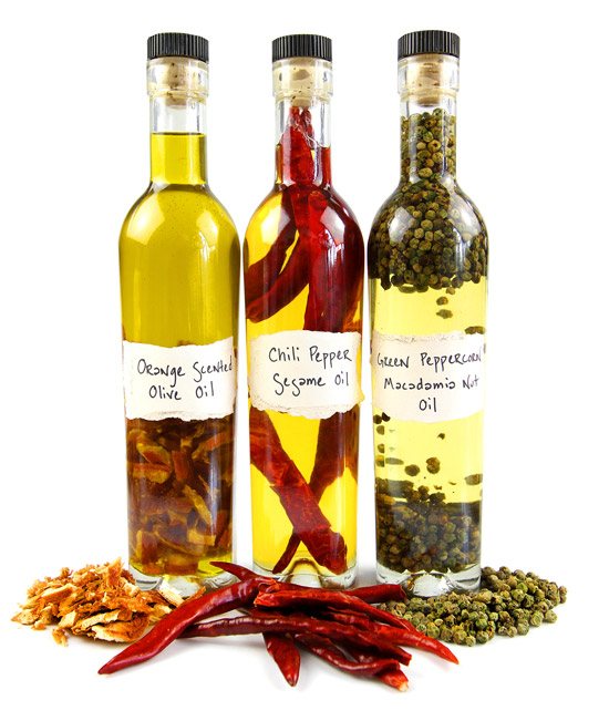 Infused Oils | 25+ Edible Christmas Gifts