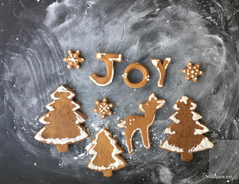 Joy Gingerbread Cookies | NoBiggie.net