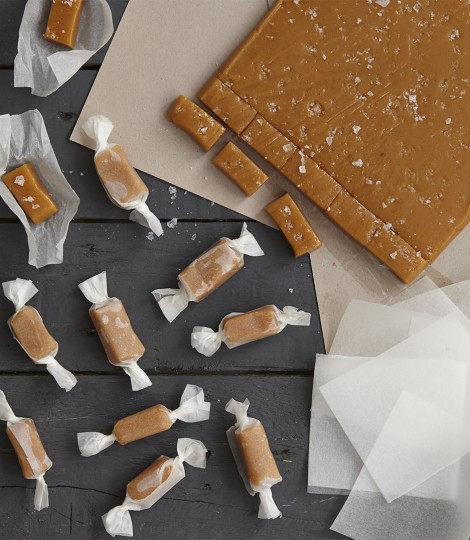 Salted Caramels | 25+ Edible Christmas Gifts