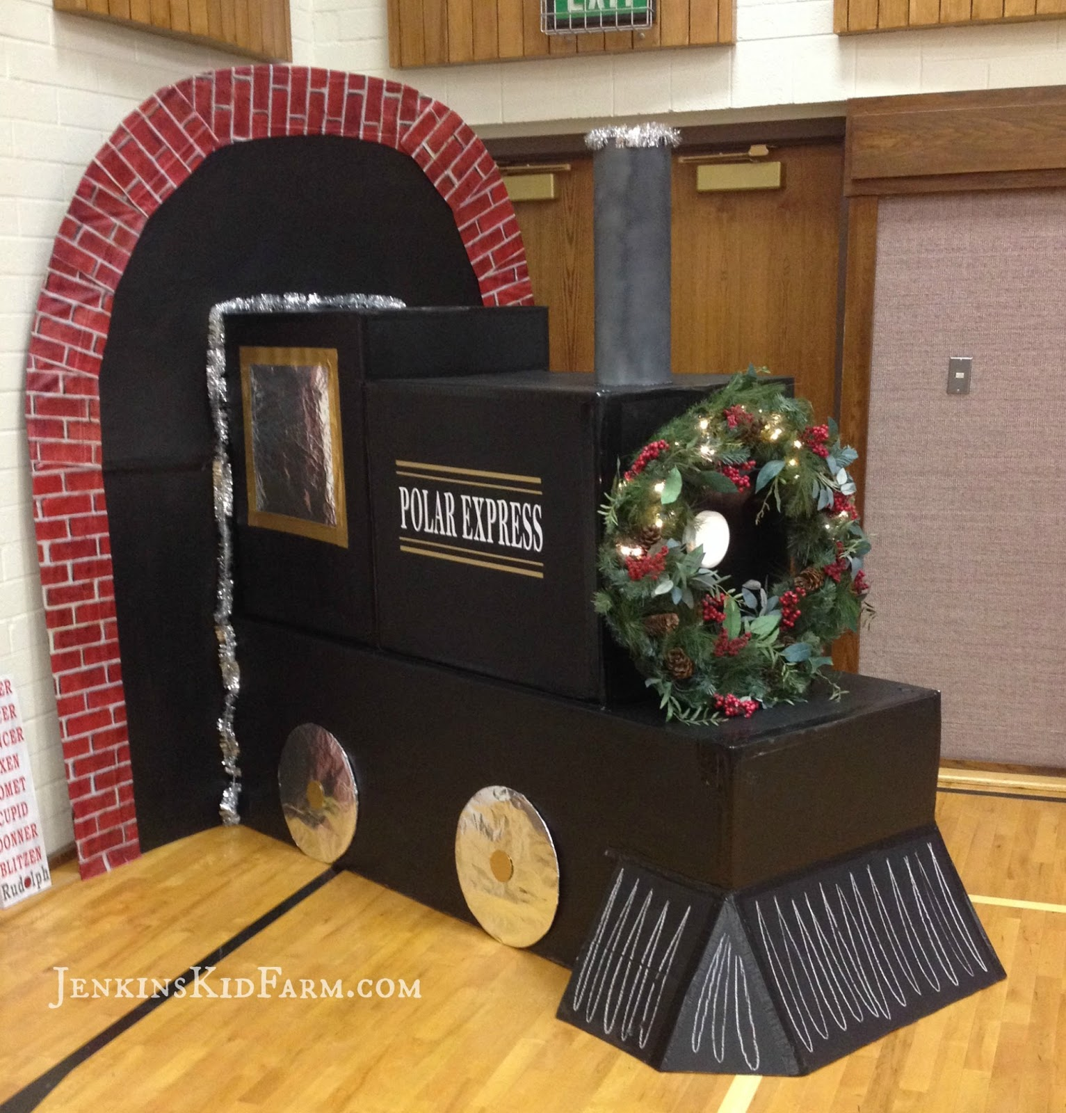Train | 25+ Polar Express Party Ideas