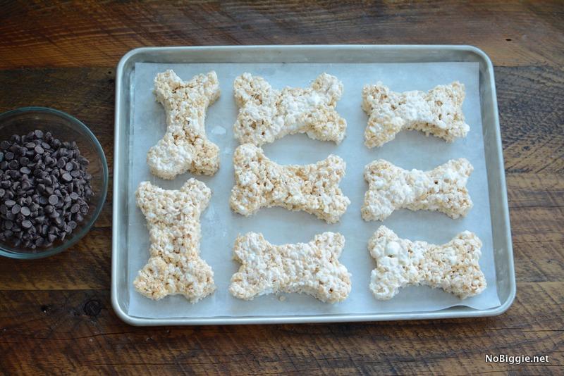 Rice Krispie Treats shaped like a dog bone | NoBiggie.net