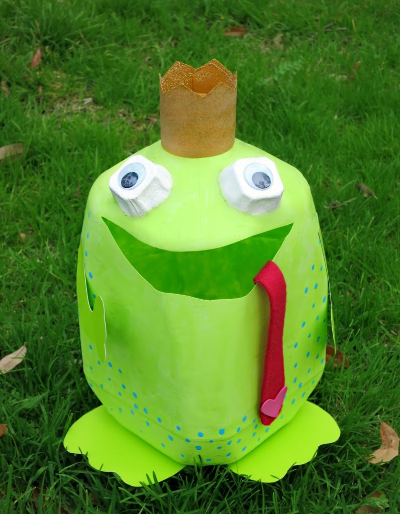 Frog Prince Valentine Holder fro a Milk Jug | 25+ Valentine Boxes for boys