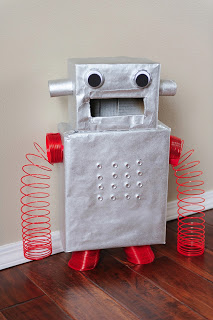 Robot Box | 25+ Valentine Boxes for boys