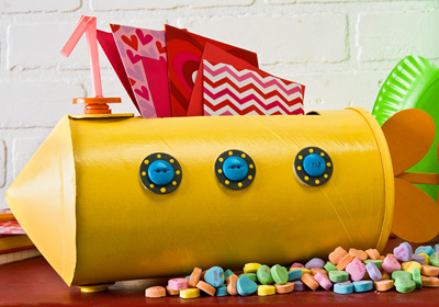 Yellow Submarine Valentine Box | 25+ Valentine Boxes for boys