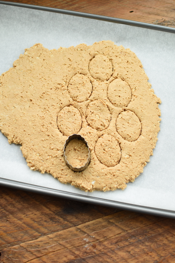 CopyCat Reese's Peanut Butter Eggs with Rice Krispies | NoBiggie.net