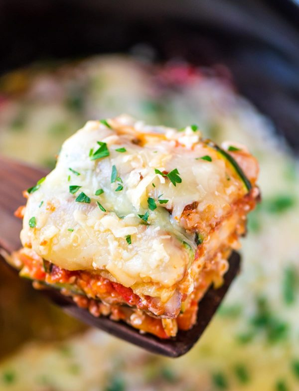 Crock Pot Low Carb Lasagna With Zucchini Noodles | 25+ Zoodle Recipes