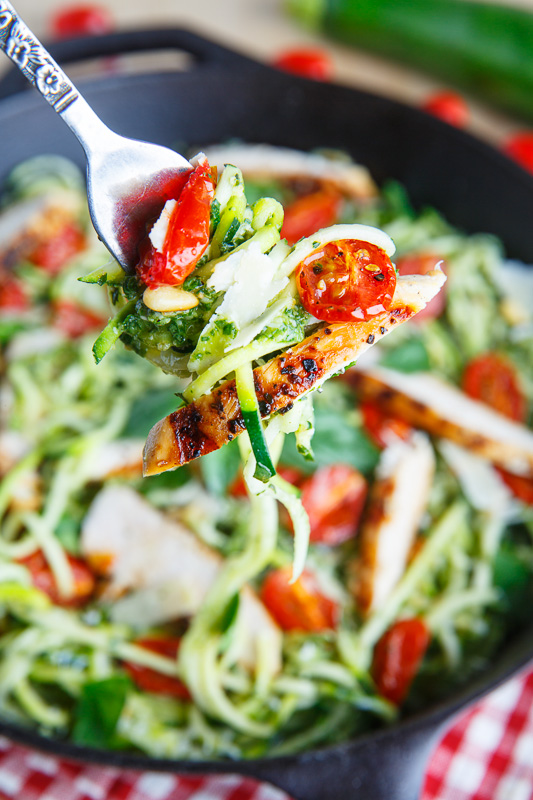 Pesto Zucchini Noodles with Roasted Tomatoes and Grilled Chicken | 25+ Zoodle Recipes