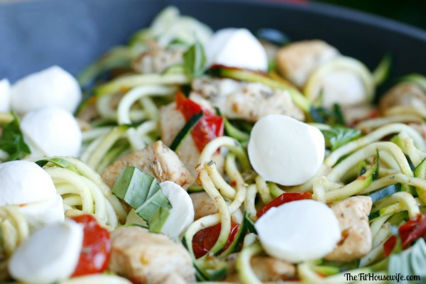 Zucchini Noodle Caprese With Chicken | 25+ Zoodle Recipes