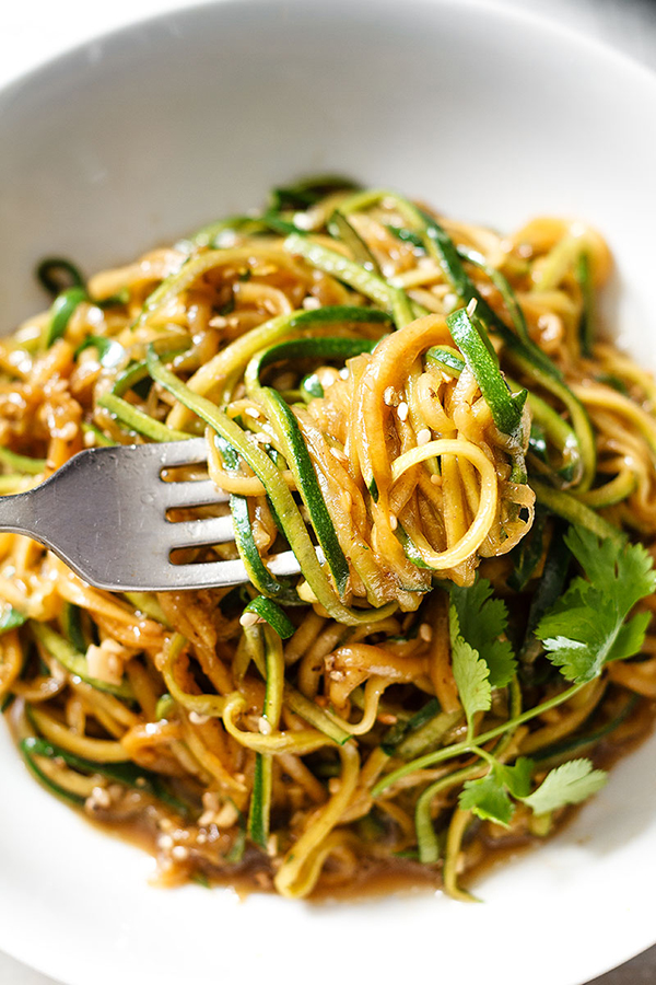 healthy Teriyaki Zucchini Noodles | 25+ Zoodle Noodles