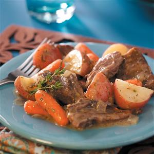 Melt-in-Your-Mouth Pot Roast   25+ Sunday Roast Recipes