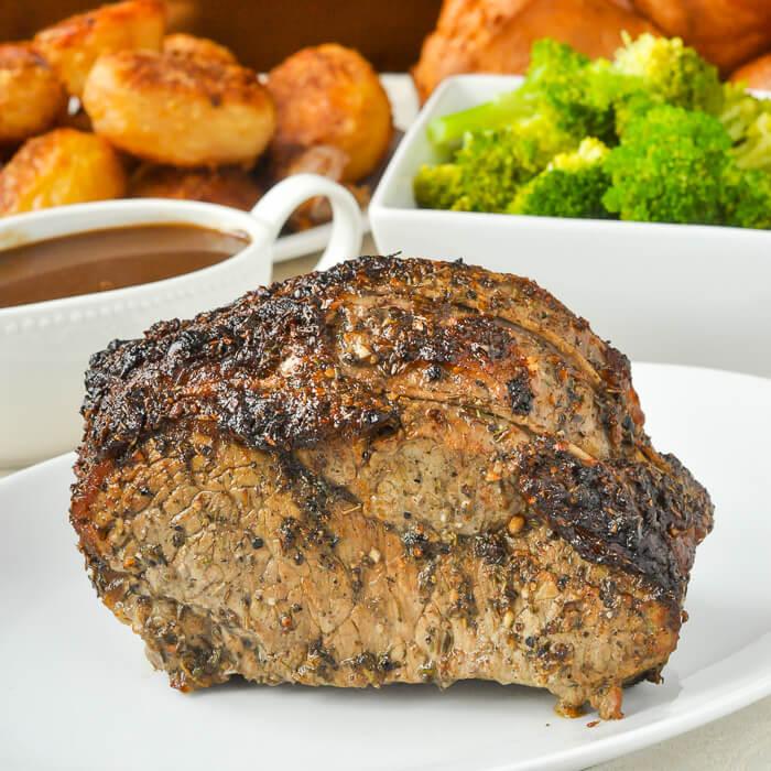 Worcestershire Butter Roast Beef | 25+ Sunday Roast Recipes