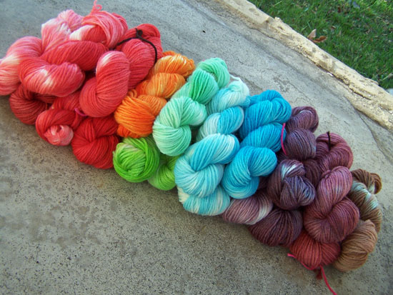 Kool Aid Dyed Yarn | 25+ cool ways to use Kool Aid