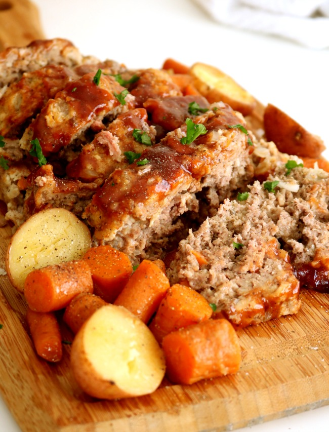 Pressure Cooker Meatloaf | 25+ Savory Instant Pot Recipes