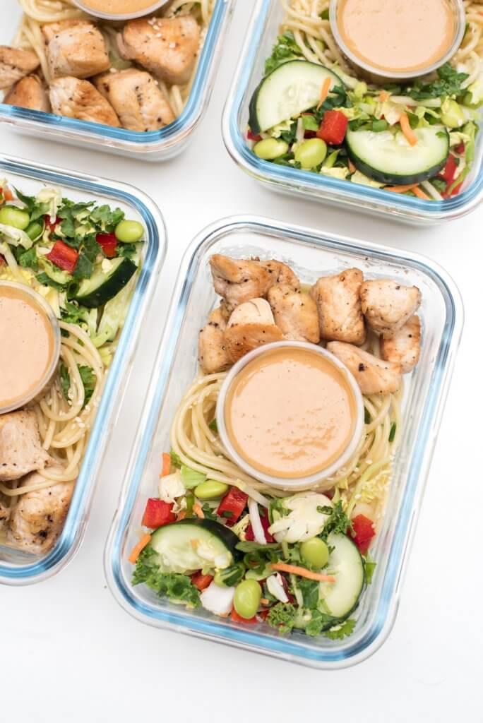 Thai Peanut Chicken Meal Prep Bowls | 25+ healthy meal prep ideas