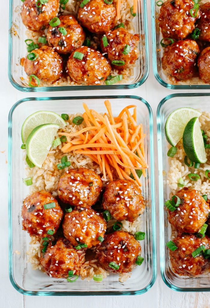 Sriracha meatballs | 25+ healthy meal prep ideas
