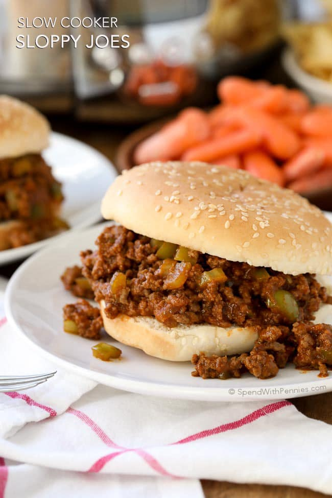 Slow Cooker Sloppy Joes | 25+ ways to Feed a Crowd