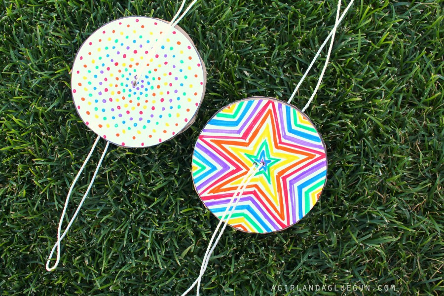 Fun Colorful Spinners | 25+ MORE Summer Crafts for Kids