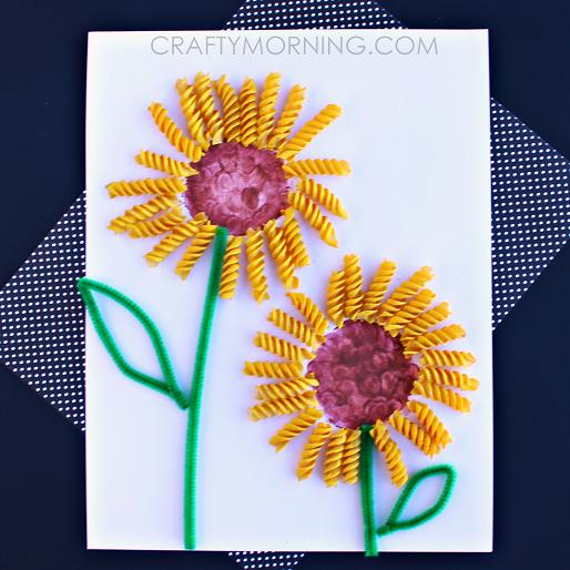 Noodle Sunflower Craft | 25+ MORE Summer Crafts for Kids